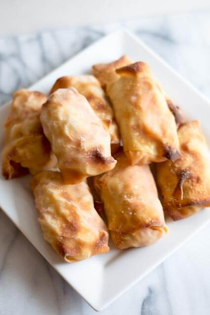 Crispy Breakfast Egg Rolls