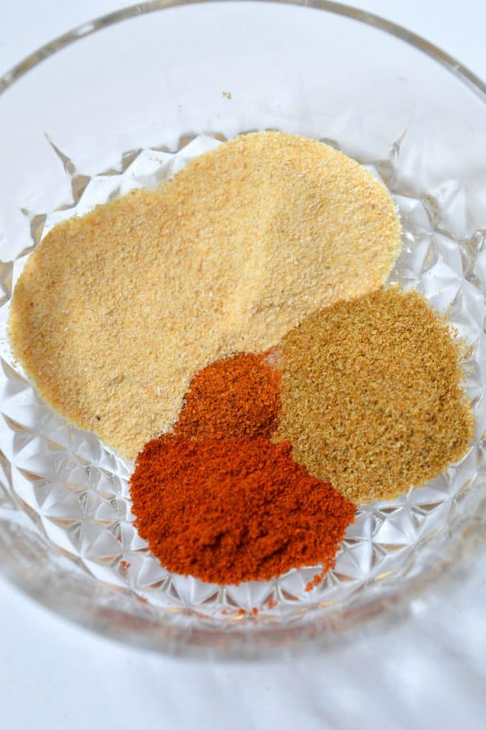This 5 Ingredient Homemade Taco Seasoning is perfect to replace that store bought stuff. No funky ingredients that you can't pronounce - just perfect spices!